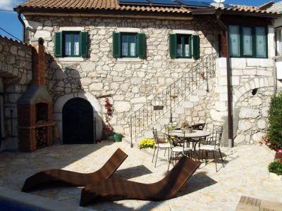 stara kamena kuća